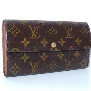 💯Authentic Louis Vuitton Sarah Wallet 🍁